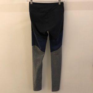 Outdoor Voices Pants - Outdoor Voices black blue gray  legging sz S 68674
